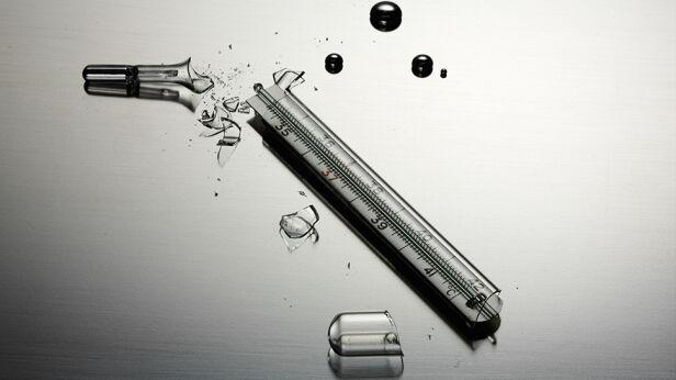 Rozbity termometr jest niebezpieczny Shutterstock