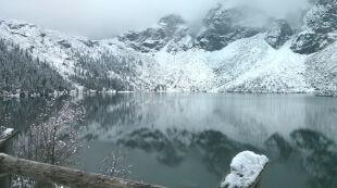 Czuć zimę. Nocą było -8 st. C, a lada moment sypnie śniegiem w górach