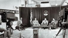 Załoga misji Apollo 11 podczas wywiadu przed wylotem